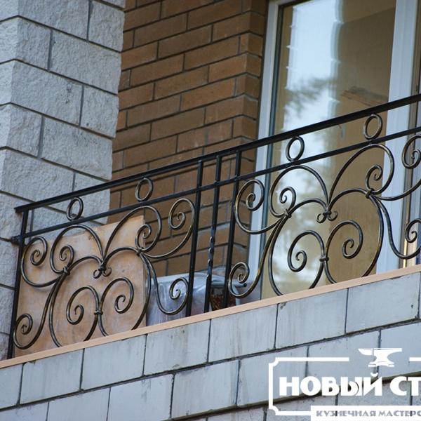Ограда балкона